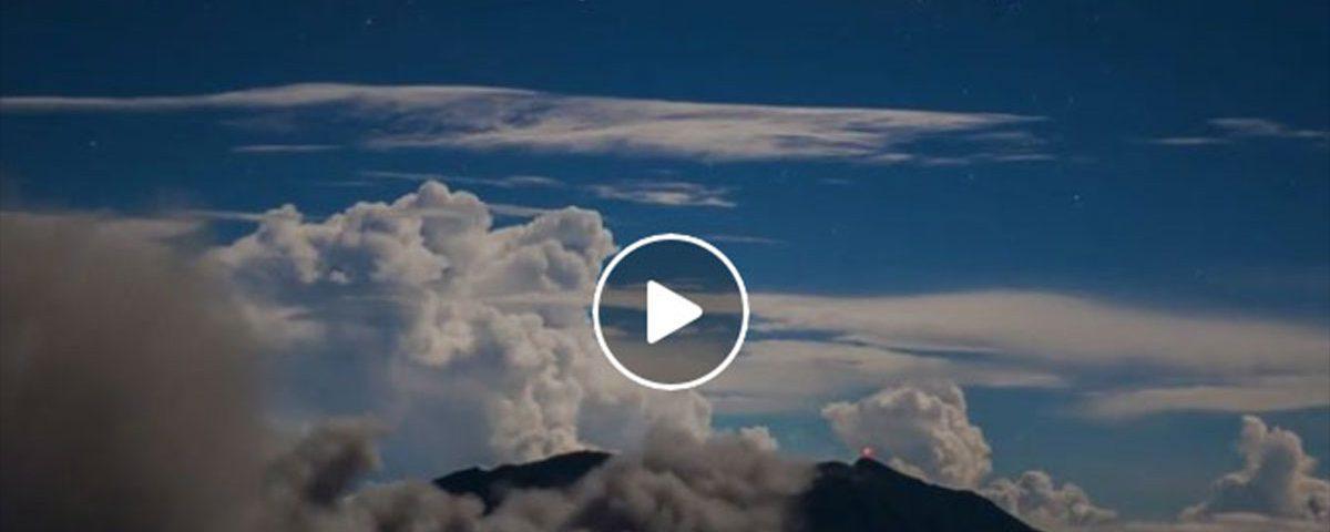Volcan Turrialba Timelapse